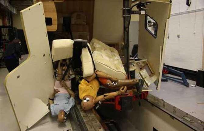 Camper, l'allarme sicurezza dopo i crash test