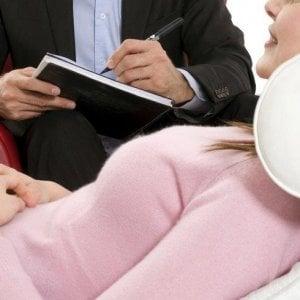 Addio auto e telefono aziendale: ora il benefit è una terapia anti-stress