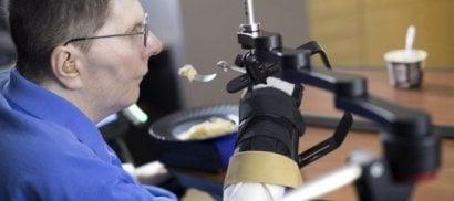 Dopo 10 anni tetraplegico torna  a muovere il braccio