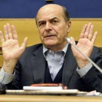 """Pier Luigi Bersani: """"Gentiloni deve cambiare la manovra, non sosteniamo il governo a ogni..."""