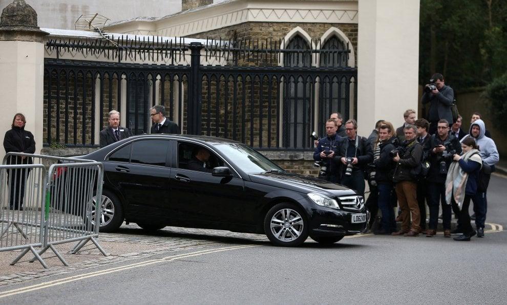Londra, i funerali di George Michael svolti in forma privata