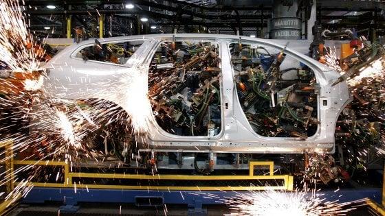 Se il lavoro va ai robot: un automa vale sei operai