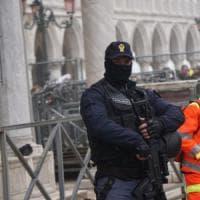 Terrorismo, sgominata cellula jihadista: arresti e perquisizioni a Venezia