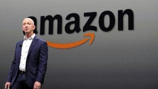 Amazon vola e Bezos sale: ora è secondo tra i paperoni