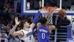 Serata storica per Westbrook, Warriors da urlo a San Antonio