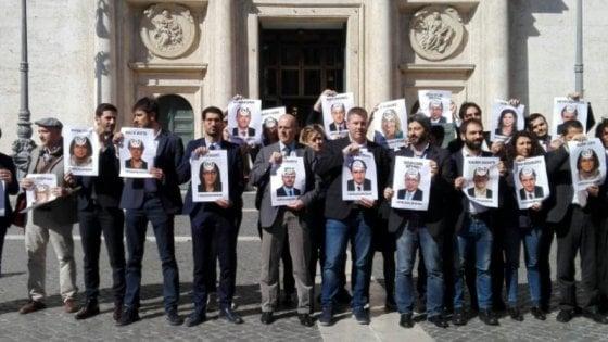 Ufficio Di Presidenza : Camera sospesi per 15 giorni gli m5s che tentarono irruzione in