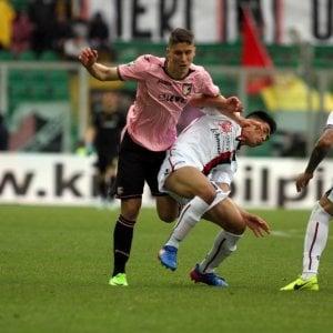 Le pagelle di Palermo-Cagliari: Gonzalez da dimenticare, Borriello decisivo