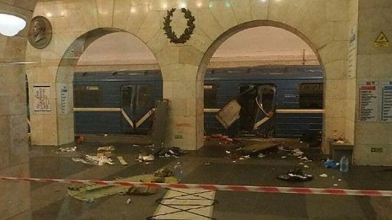 """Russia, esplosioni nella metropolitana di San Pietroburgo. L'agenzia Tass: """"Dieci morti"""""""