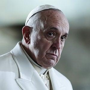 Papa Francesco, nuovi passi avanti con i lefebvriani: validi i matrimoni