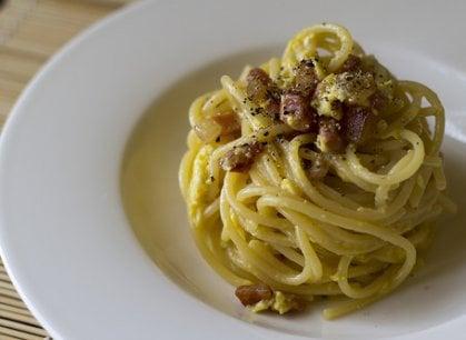 #Carbonaraday: si celebra la ricetta più discussa del mondo