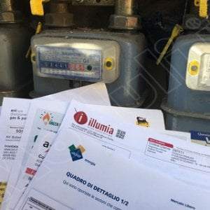 Bollette, uno stop al mercato libero di energia e gas