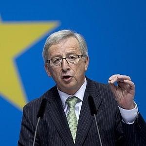 """Migranti, Juncker richiama l'Austria al ricollocamento. Vienna: """"Rispetteremo accordo con l'Europa"""""""