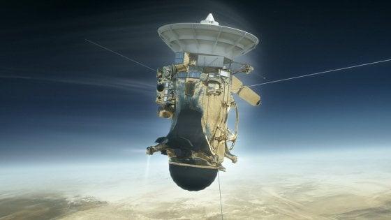 Conto alla rovescia per la sonda Cassini, pronta al tuffo su Saturno