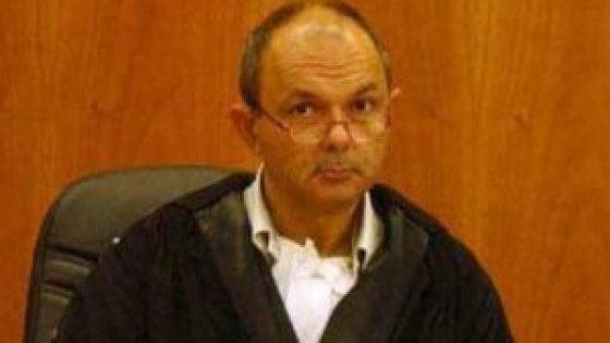 """Legittima difesa, convocato dal Csm il giudice che scrisse """"mi armo"""". Rischia di smettere la toga"""