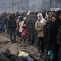 Serbia, l'insensata violenza contro i migranti sulla