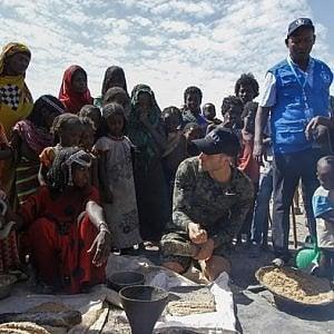 Etiopia, cinque chef per cucinare e parlare di cibo e siccità con la popolazione