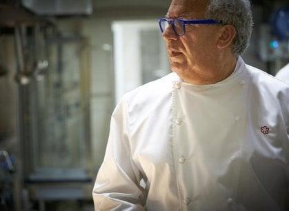 Igles Corelli, lo chef che non si ferma mai: