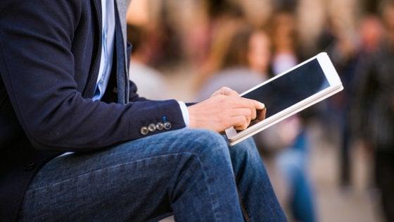 Online c è il futuro della camicia su misura - Repubblica.it 71fbf657f95