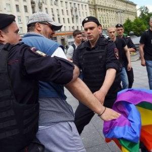 """""""In Cecenia campi di rieducazione per gay"""". Radicali, Pd e Sinistra italiana: """"Mogherini e Alfano intervengano"""""""