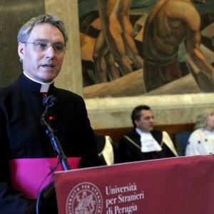 """Georg Gänswein: """"I 90 anni di Ratzinger, lontano dal mondo ma non si è mai pentito"""""""