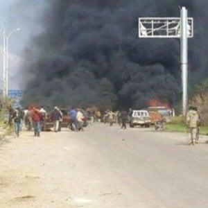 Siria, autobomba con l'inganno contro gli sfollati di Foua e Kafraya: 112 vittime