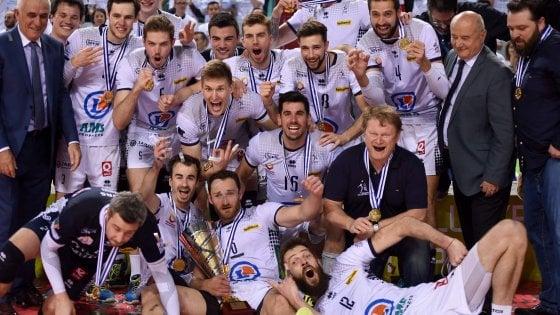 Volley, Cev Cup: Trento ko al Golden set, trionfo Tours. Finale amara anche per Busto Arsizio