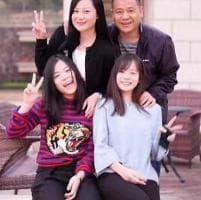 Milan, la foto esclusiva del neo presidente Li Yonghong con la famiglia