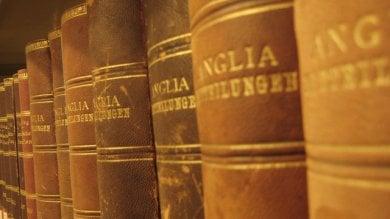 Tra le pagine cioccolato e caffè: è il profumo dei libri antichi
