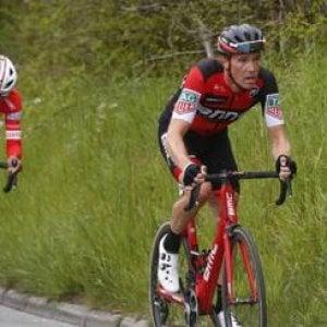 Ciclismo, Tour delle Alpi: seconda tappa a Dennis, Pinot nuovo leader