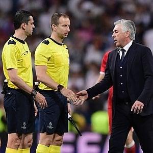 """Champions League, la rabbia di Ancelotti contro l'arbitro: """"Bel lavoro..."""""""