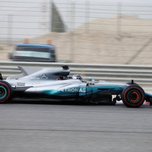 """F1, test Bahrain: Bottas davanti a tutti. Secondo Vettel: """"Guidare questa macchina è sempre un piacere"""""""