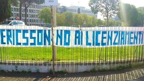Ericsson, sciopero e presidi contro 350 licenziamenti