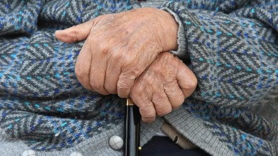 Tumori, i pazienti anziani sono discriminati