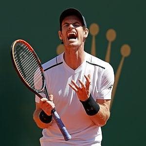 Tennis, a Montecarlo è il giorno delle sorprese: Murray e Wawrinka ko. Nadal spazza via Zverev