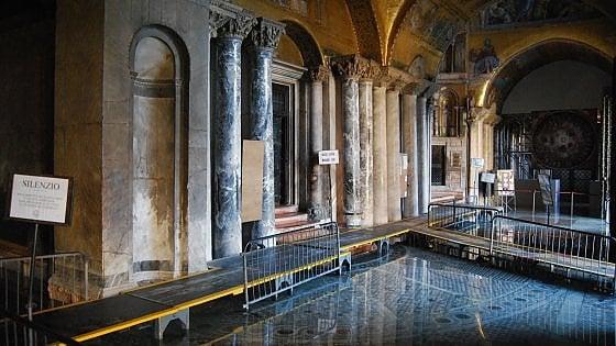 Così Venezia vuole mettere l'impermeabile a San Marco