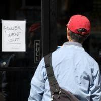 Usa, blackout a San Francisco: si blocca parte della città, gente in strada e negozi chiusi