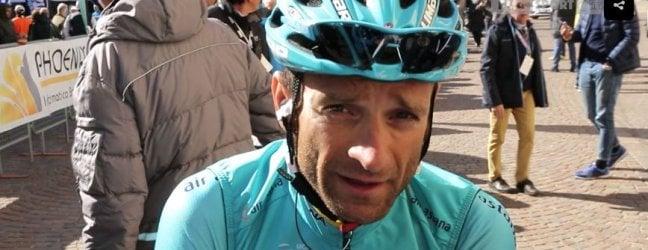 Travolto da un furgone: muore in allenamento Michele Scarponi, vinse il Giro d'Italia 2011