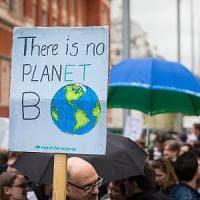 La marcia per la scienza in 500 città del mondo