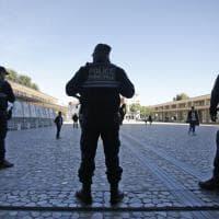 Elezioni Francia, il voto tra imponenti misure di sicurezza