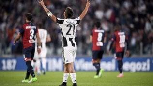 Juventus, lo scudetto è più vicino:Genoa travolto 4-0Il Milan cade in casa.Napoli pari: 2-2 col Sassuolo