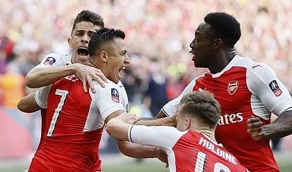 Arsenal rimonta Manchester City  in finale sfiderà il Chelsea di Conte