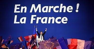 La vittoria di Macron al primo turno spinge euro e Borse, crollano gli spread