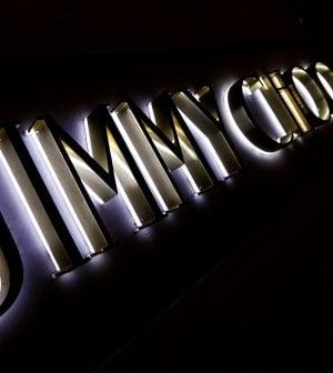 Le scarpe Jimmy Choo sono in vendita