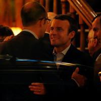 Macron, polemiche e critiche per la festa nella brasserie radical chic