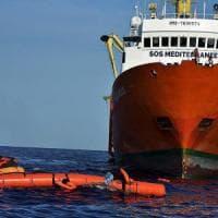 Migranti, Ong contro Di Maio: reagiremo a falsità su collusioni con i trafficanti.