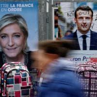 """Elezioni Francia, il giorno dopo: per Macron applausi da star, Le Pen al mercato: """"Il..."""