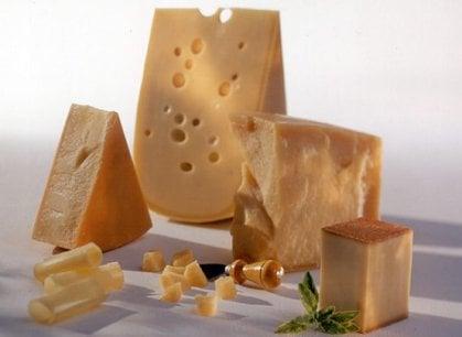 Non solo Emmentaler e Gruviera, i formaggi svizzeri in viaggio in Italia