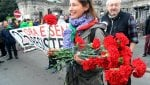 Milano, un fiore per il partigianoVideo Canti della Resistenza