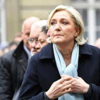 """La filosofa Julia Kristeva: """"Marine Le Pen nemica delle donne, non può guidare la Francia"""""""