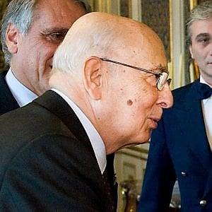 """Giorgio Napolitano: """"Da noi c'è chi insegue i populisti ma il voto francese dimostra che si battono rilanciando la Ue"""""""
